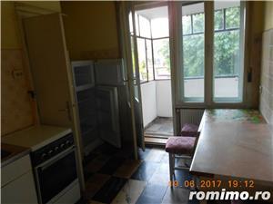 Medicina,apartament 4 camere, etajul 2/2 al unei vile cu acoperis,105 mp,pret 149.000 euro - imagine 13