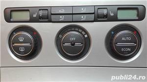 Cutie Viteza 6+1 VW Passat 2006 1.6 benzina  FSI cod BLF - imagine 7