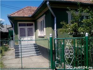 Casa LA Tara de vanzare - imagine 1