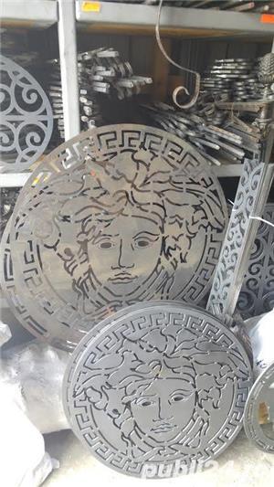 Ornament tabla decupata Versace - imagine 3