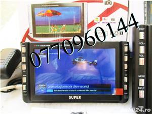 Televizor auto 12V 220V USB 18 cm Color, slot de card  si USB, priza 220V si adaptor pentru - imagine 10