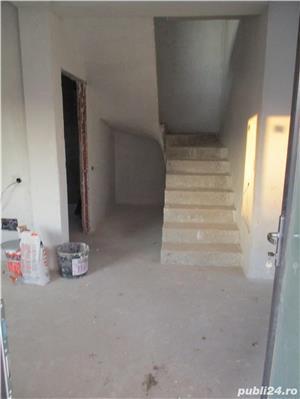 FARA COMISIOANE case cu 4 camere P+1+pod terasa 2 balcoane 2 placi 3 bai canalizare drum betonat - imagine 5
