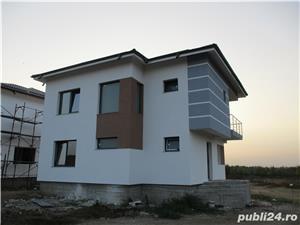 FARA COMISIOANE casa cu 4 camere P+1+pod 3 bai 2 placi 2 terase canalizare iluminat drum betonat - imagine 3