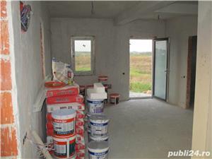 FARA COMISIOANE casa cu 4 camere P+1+pod 3 bai 2 placi 2 terase canalizare iluminat drum betonat - imagine 5