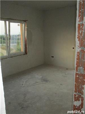 FARA COMISIOANE casa cu 4 camere P+1+pod 3 bai 2 placi 2 terase canalizare iluminat drum betonat - imagine 9
