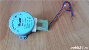 Piese cuptor microunde : motor, transformator, bec, farfurie - imagine 2