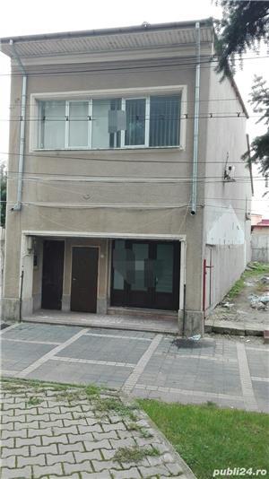 Casa + spatiu comercial la parter - imagine 1