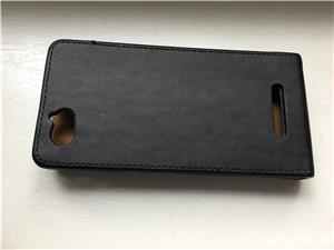 Iphone 5, 5s, SE husa de piele de firma tip carte . - imagine 2