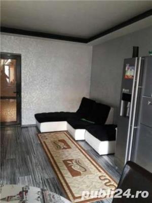 Casa 4 camere, zona Piata Mare - imagine 2