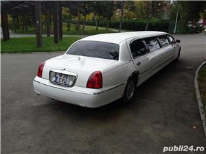 Lincoln Town Car - imagine 6