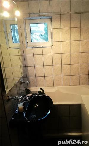 Vanzare apartament 3 camere, modernizat, stare excelenta - imagine 2