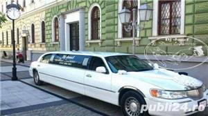Lincoln Town Car - imagine 2