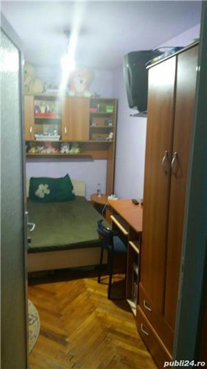 Persoana fizica VAND SAU SCHIMB apartament cu 3 camere COMPLET MOBILAT  - imagine 8