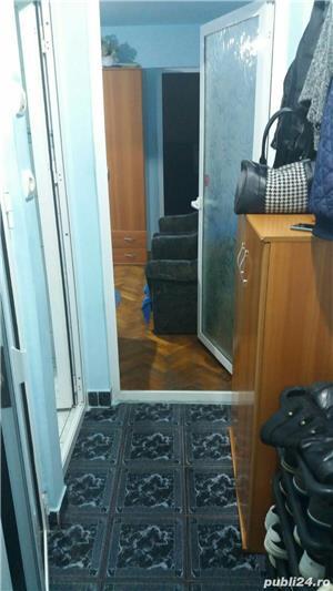 Persoana fizica VAND SAU SCHIMB apartament cu 3 camere COMPLET MOBILAT  - imagine 10
