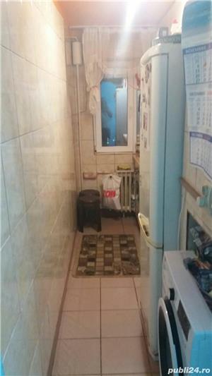 Persoana fizica VAND SAU SCHIMB apartament cu 3 camere COMPLET MOBILAT  - imagine 14
