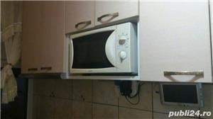 Persoana fizica VAND SAU SCHIMB apartament cu 3 camere COMPLET MOBILAT  - imagine 16