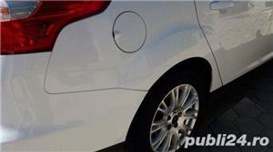 Ford Focus Thitanium - imagine 7