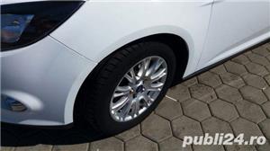 Ford Focus Thitanium - imagine 3