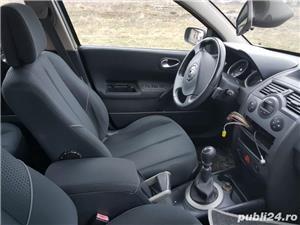 Dezmembrez Renault Megane 2 ,1.9 dci,an 2005 - imagine 2