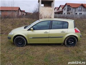 Dezmembrez Renault Megane 2 ,1.9 dci,an 2005 - imagine 3