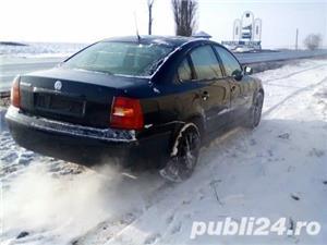 Dezmembrez Volkswagen Passat  - imagine 5