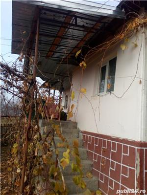 Vand casa cu teren - imagine 1