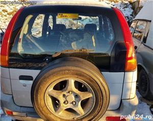Dezmembrez Daihatsu Terios - imagine 3