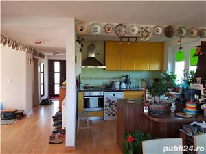 Casa ORLAT 215mp util, teren 2000mp, 4 dormitoare, 3 bai - imagine 11