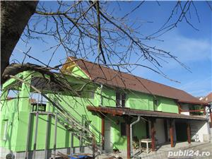 Casa saseasca renovata, cu 2 apartamente si teren 6380 mp , Seica Mare, Sibiu - imagine 2