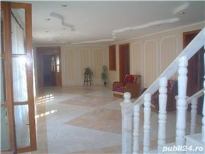 Vand casa superba P+1 cu 13 camere si teren de 978 mp in Caransebes,str. Romanilor. - imagine 4