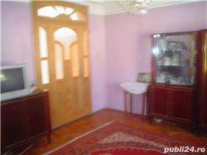 Vand casa superba P+1 cu 13 camere si teren de 978 mp in Caransebes,str. Romanilor. - imagine 5