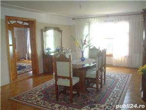 Vand casa superba P+1 cu 13 camere si teren de 978 mp in Caransebes,str. Romanilor. - imagine 8