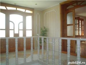 Vand casa superba P+1 cu 13 camere si teren de 978 mp in Caransebes,str. Romanilor. - imagine 9