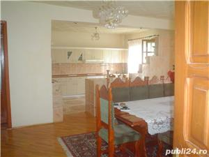 Vand casa superba P+1 cu 13 camere si teren de 978 mp in Caransebes,str. Romanilor. - imagine 3