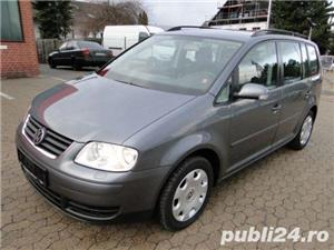 Dezmembrez vw touran 1.6 fsi dsg - imagine 1