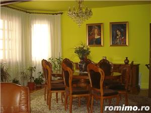 Vila frumoasa-zona MALL - imagine 1