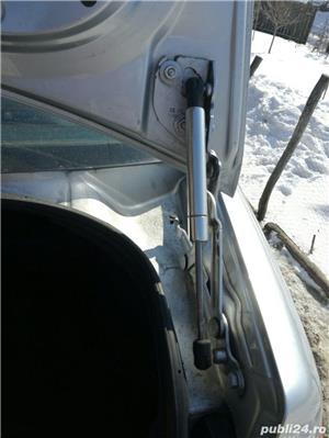 Capitonaj portbagaj VW bora sedan / berlina - imagine 2