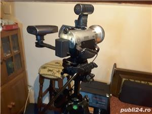 Camera SONY plus accesorii - imagine 3