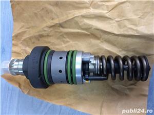 Injector motor Deutz BF6M2012C - imagine 3