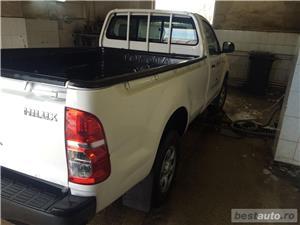Toyota Hilux - imagine 3