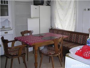 Inchiriez apartament la casa 2 camere  - imagine 4
