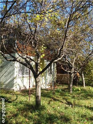 Casa de vanzare cu gradina  - imagine 1