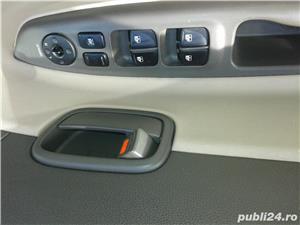 Hyundai Accent - imagine 7