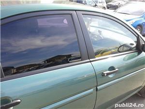 Hyundai Accent - imagine 4