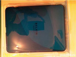 """husa tableta silicon elastic belkim culoare albastru electric pentru tableta  up to 9,7"""" - imagine 2"""