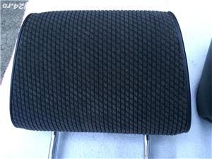 Tetiere scaune fata Bmw E30 - imagine 3