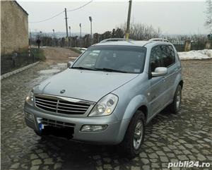 Ssangyong Rexton 4x4 SUV off road  - imagine 3