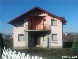 Casa cu mansarda - imagine 1