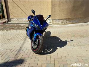 Yamaha YZF R1 - imagine 6