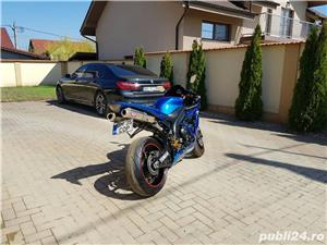 Yamaha YZF R1 - imagine 10